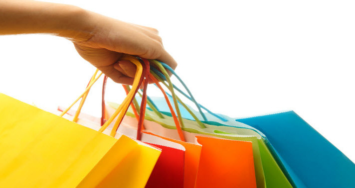 30 Holiday Shopping Stats That Every Small Business Owner Needs to See