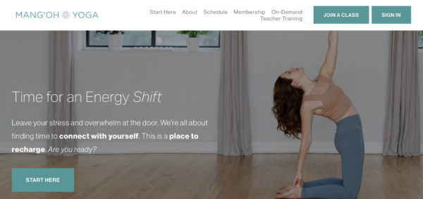 Mang'Oh Yoga's homepage uses CTAs to motivate potential students and collect email addresses